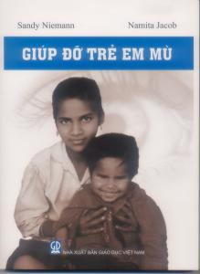 Front cover of Helping Children Who Are Blind