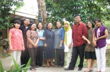 Photo of Indonesian team who developed MDVI curriculum